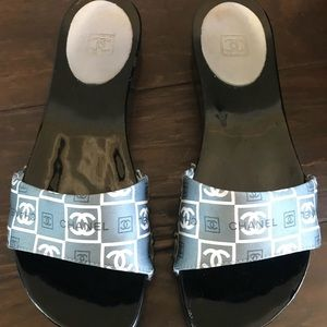 $895 Chanel Black Grey Blue Logo Mules 36 6